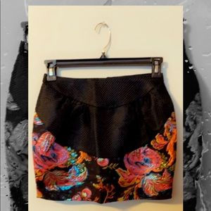 Black and floral English Rose mini skirt